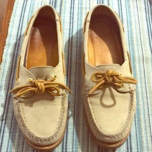 Sperry Topsider Women's boat shoes - gold accent
